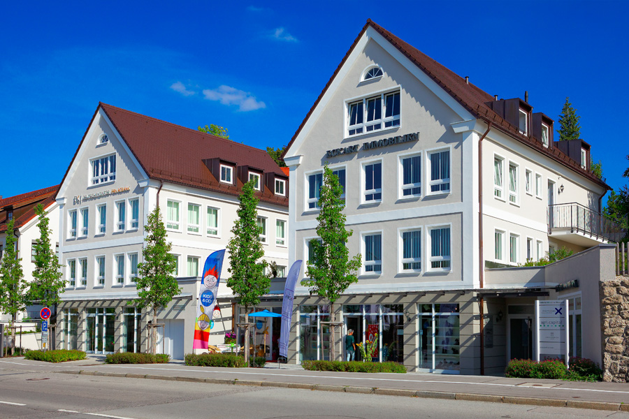 Neubau von 2 Geschäftshäusern